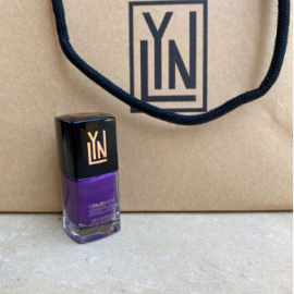 LYN| BREATHABLE NAIL POLISH (BLACK CURRENT BOMBSHELL)