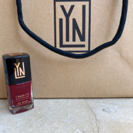 ( LYN| BREATHABLE NAIL POLISH (WINE NOT