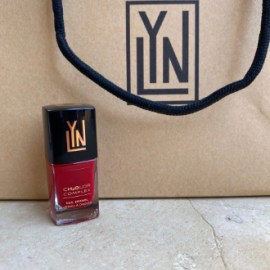 ( LYN| BREATHABLE NAIL POLISH (RED CARPET READY