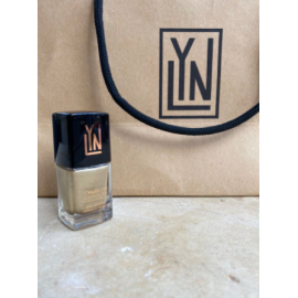 LYN| BREATHABLE NAIL POLISH  (Brr, its gold in here - shimmery
